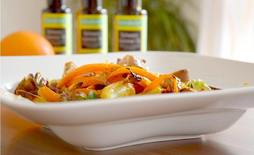 Winterlicher Salat mit geschmorten Karotten und Schwarzkümmel Öl Croutons Seitenbacher