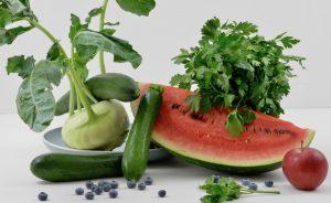 So kühlst du deinen Körper bei Hitze: Kühlende Lebensmittel aus dem Ayurveda (+Rezeptidee)
