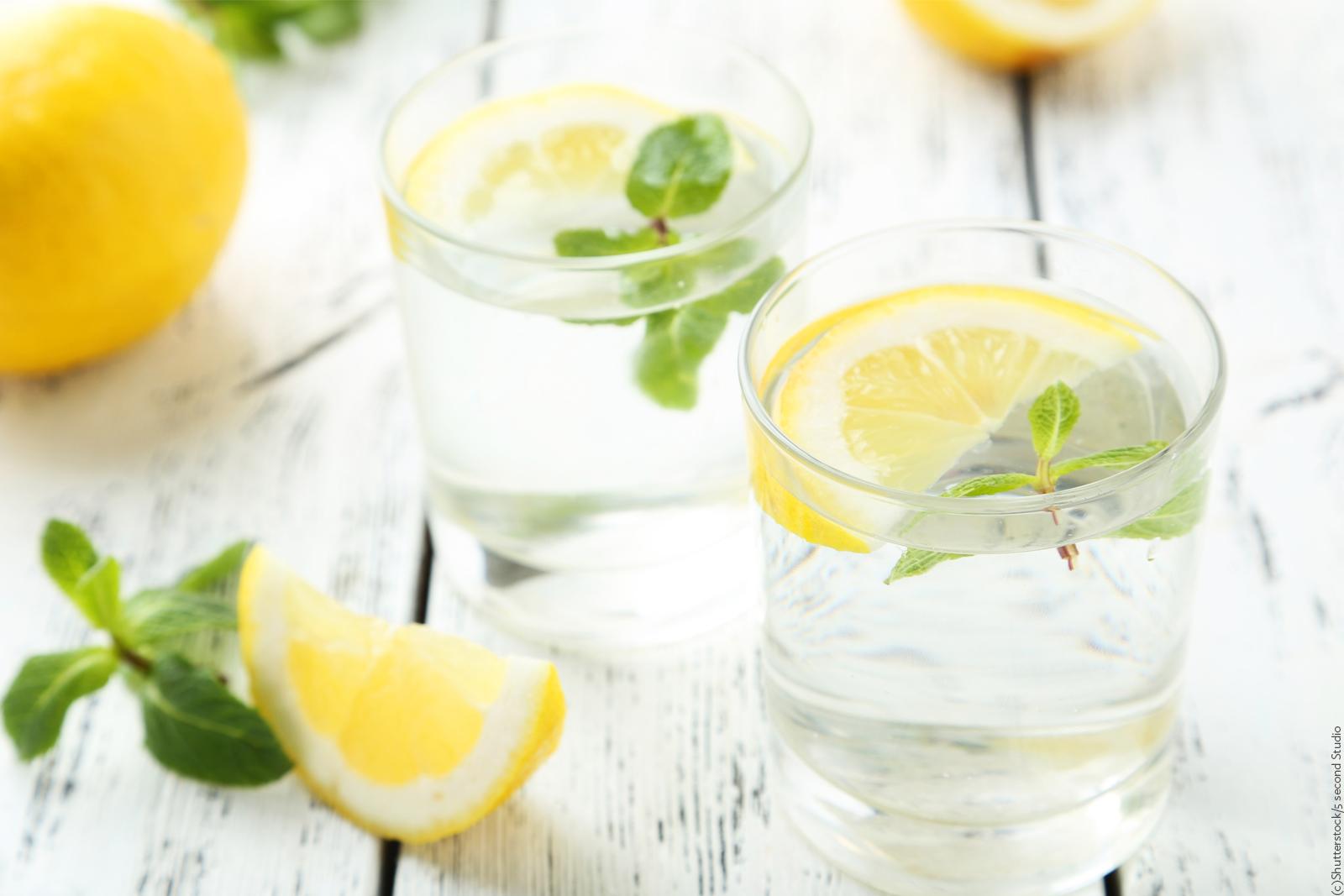 Trink genug! Dann ist deine Haut schön hydriert!