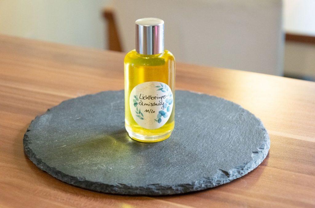 Lichtbringer Ölmischung stimmungsaufhellendes Massageöl selbermachen